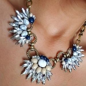 🌻🌺Bundle Choel & isabel statement necklace